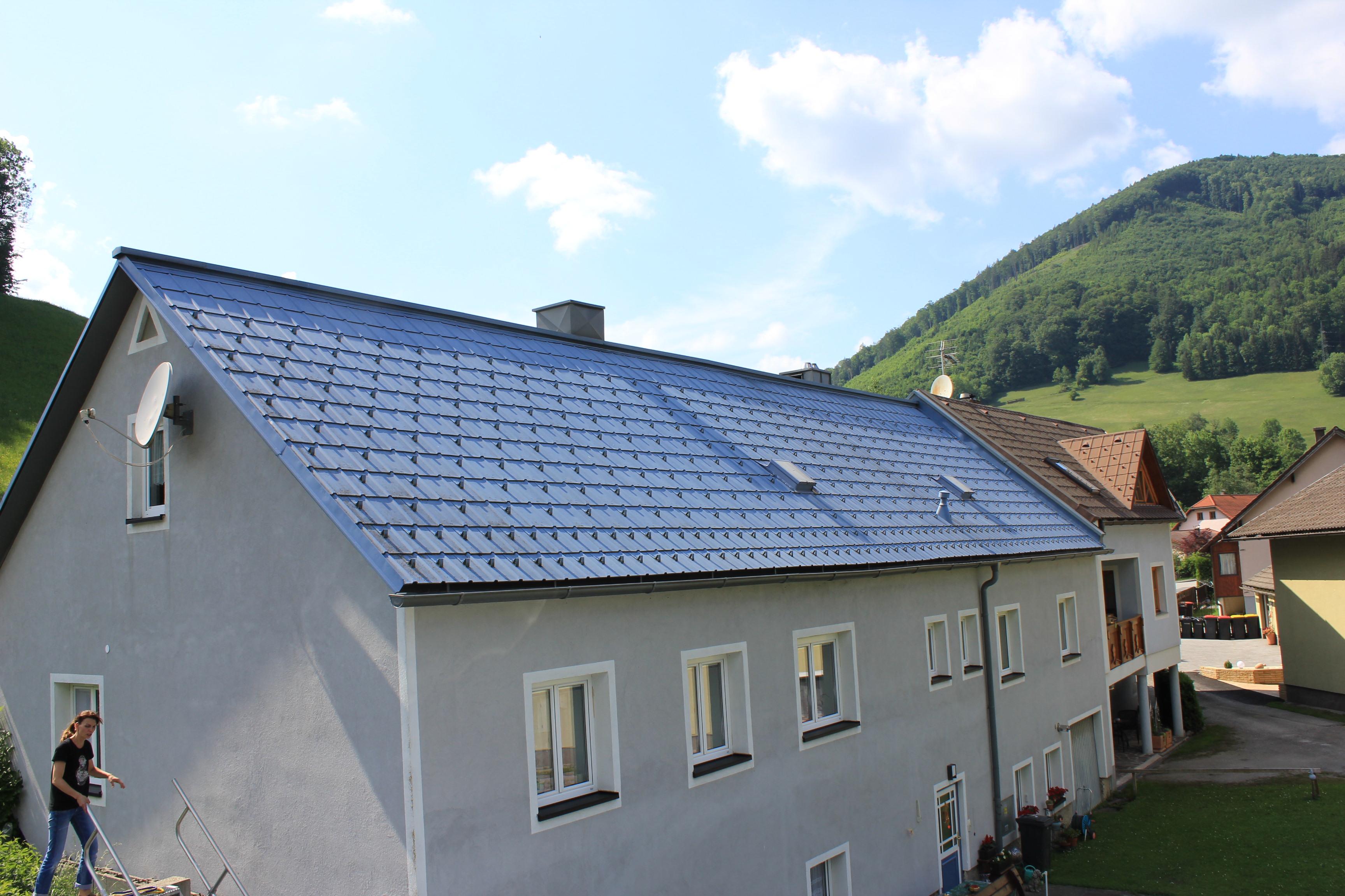 Einfamilienhaus Satteldach Mit Prefa Dachplatten Deckung